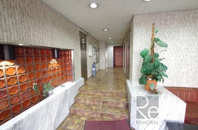 プチモンド新宿